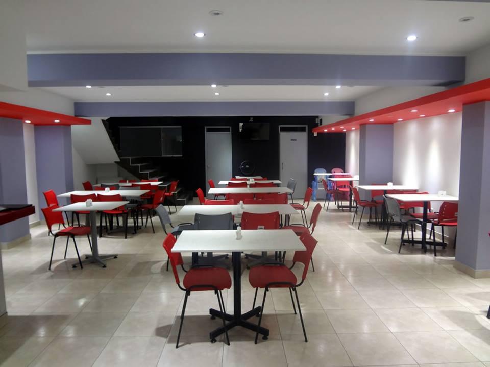 Antes de implementar equipos de punto de venta en el for Equipos restaurante